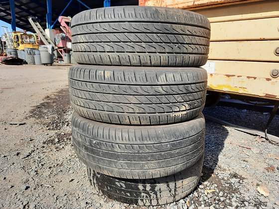 Used Toyo Extensa A/S P215/60R16 Set of 4