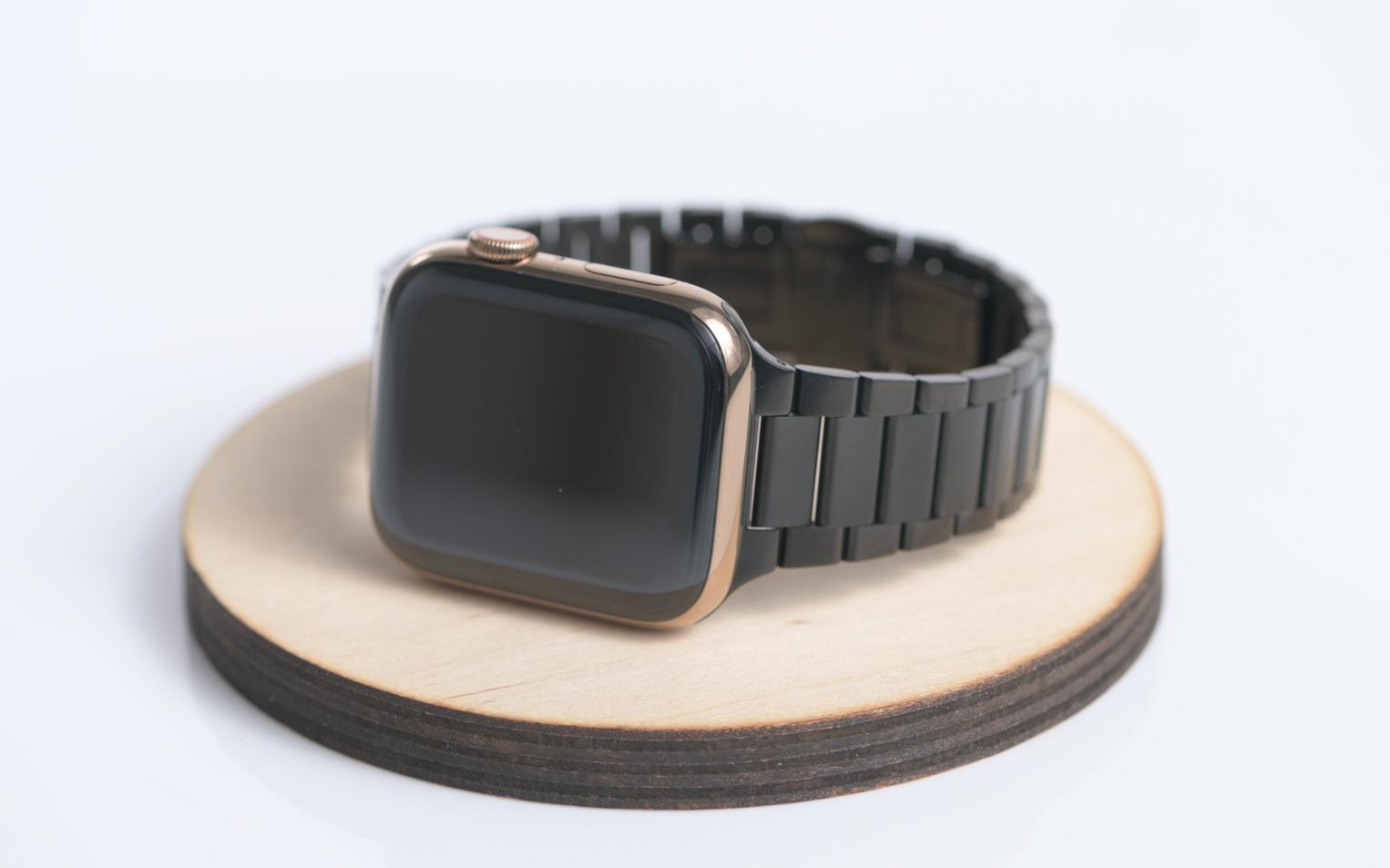Apple Watch Gold Case