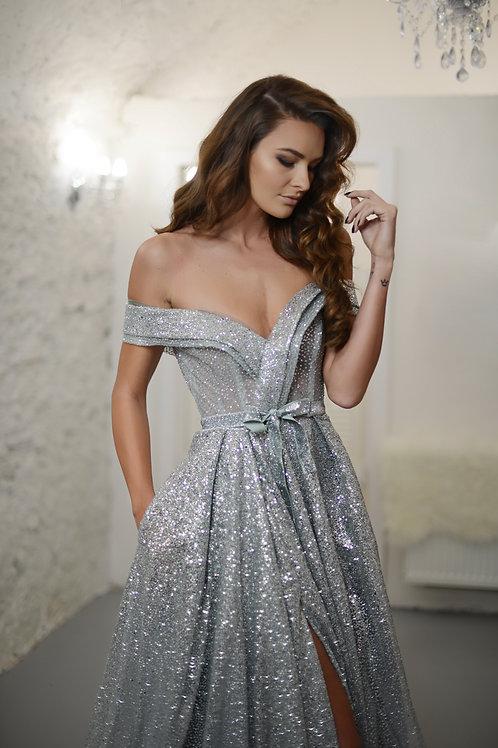 Silver Amelia