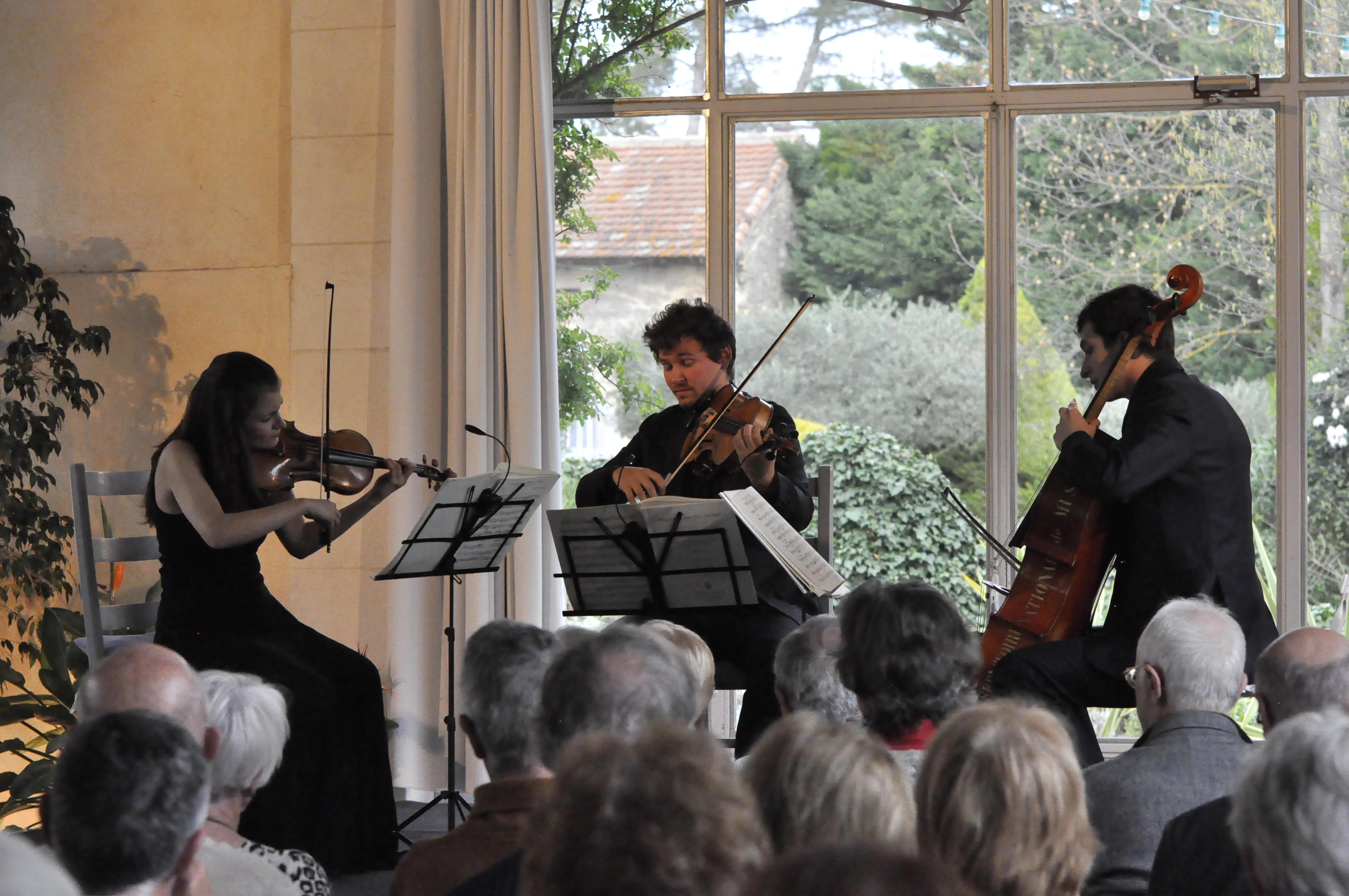 Trio PETROVA, LA MARCA, PASCAL 12/03