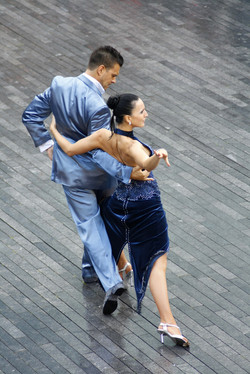 P19_stockvault-the-dancers127910