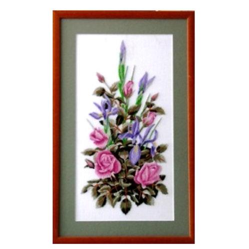 A905 Irises & Roses  Size 9
