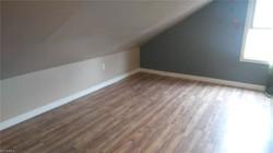 attic bedroom2
