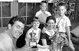 1953 victories with family daughter Shar