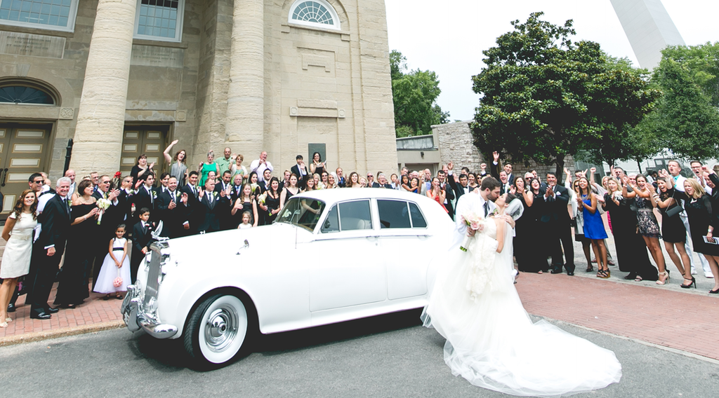 Why Wedding Transportation Is A Necessity Not A Luxury
