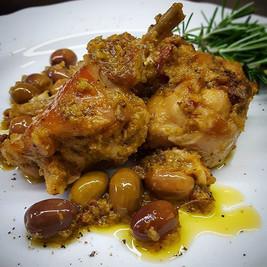 #coniglioinumido con olive e pancetta o