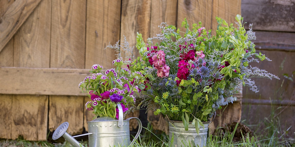 Summer Brunch + Blooms