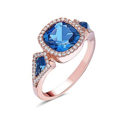 14KR London Blue Topaz 3 Stone Ring