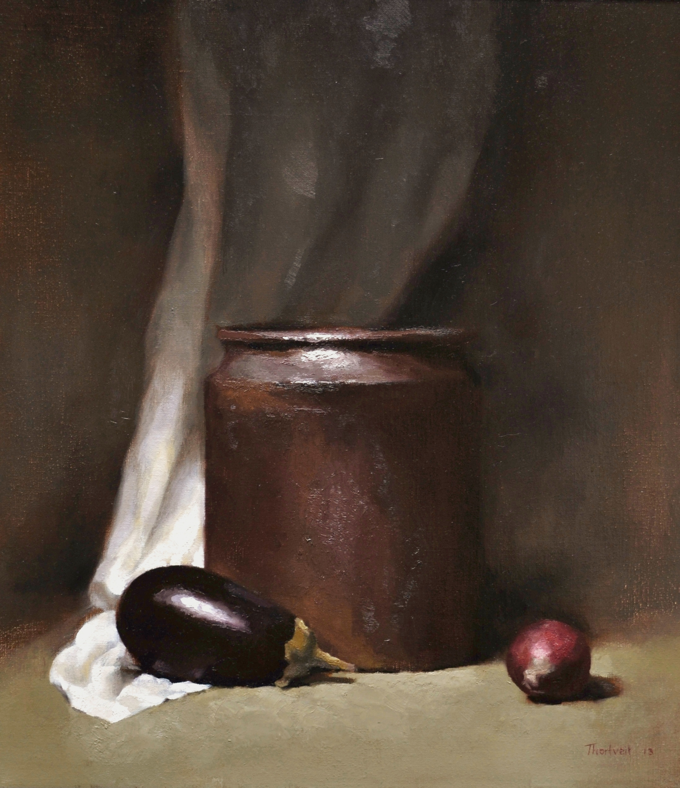 Aubergine with brown pot