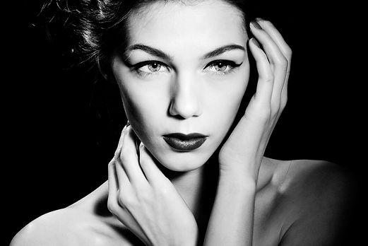 Make-upPRJ:2.jpg