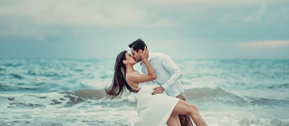 Um pré-casamento na praia cheio de amor. Vale a pena!