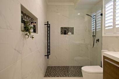 plantation-shutters-ensuite-bathroom-selective-focus-luxury-free-standing-shower-screen-22