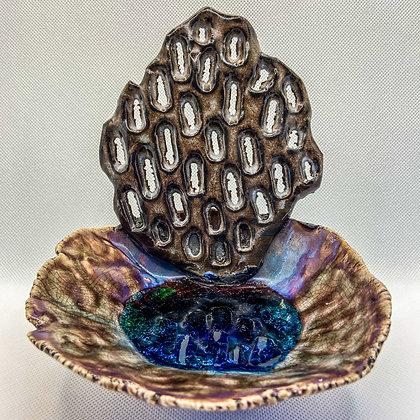 CREST - decorative ceramic dish