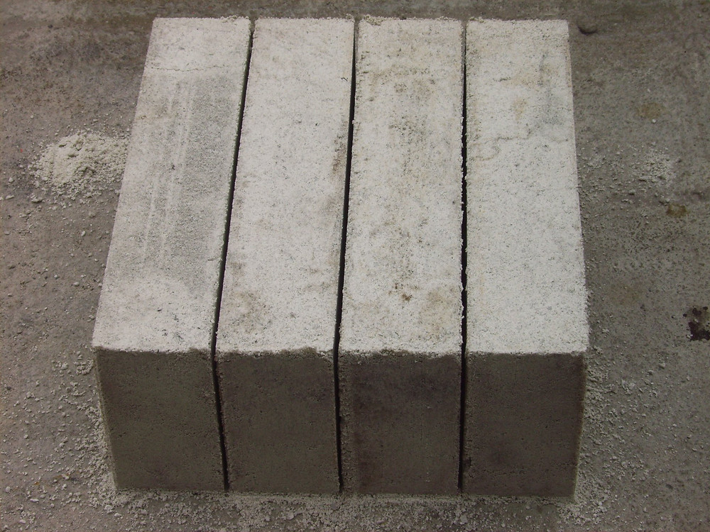 Maxi Blocks with a fine aggregate to give a smooth appearance