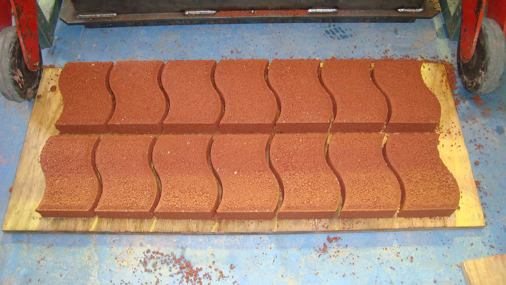 cement-based paving bricks in a wave pattern design - mould for Jumbo MK3 brick machine