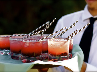 THE MOST POPULAR COCKTAILS AND THE LATEST COCKTAIL TRENDS