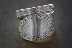 Spoon handle ring