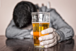 Does heavy alcohol use make you more vulnerable to anxiety?