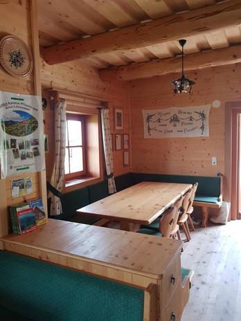Hütte019.jpg