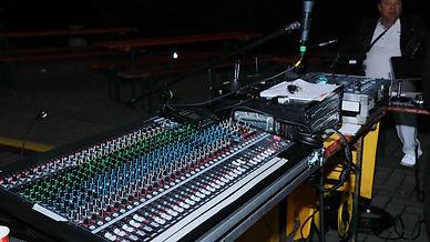 Console Yamaha 02.jpg