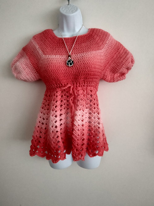 Crochet shell short sleeve top plus free necklace