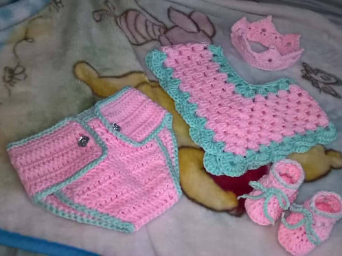 Baby tiara and poncho set