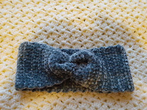 Crochet twisted headband