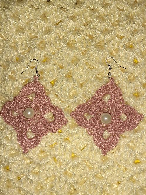 Crochet pearl earrings
