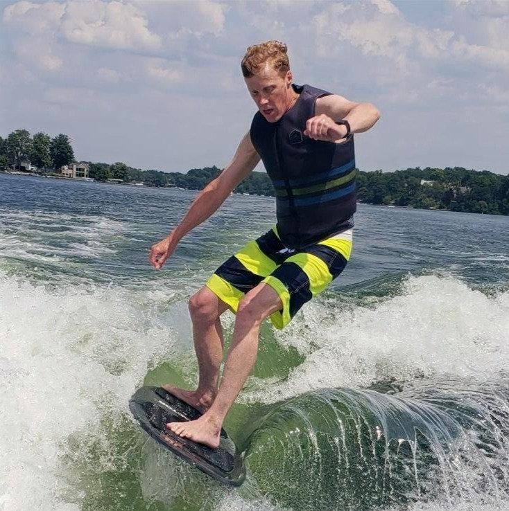 Wakesurf/Wakeboard/Water Ski: 1-2 people