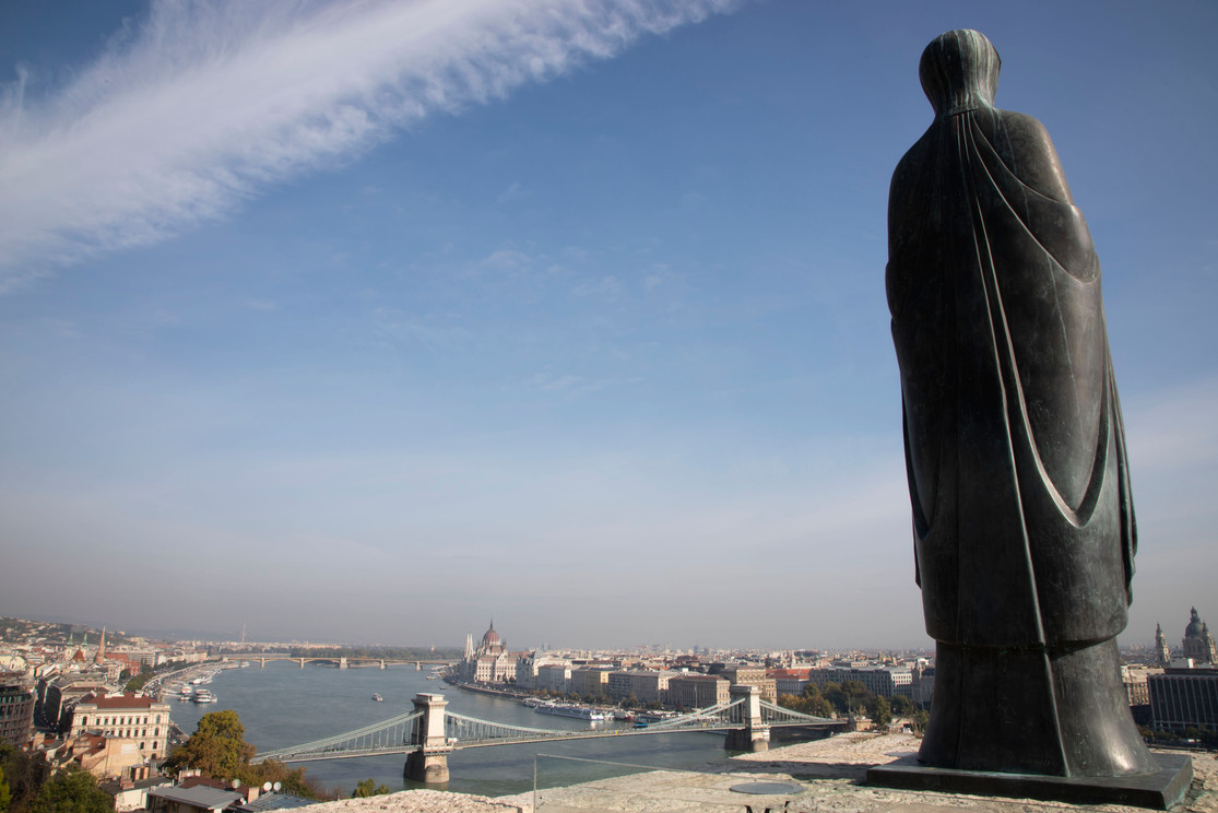 BudapestLeaningin.jpg
