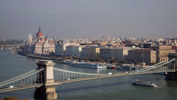 Budapestpostcard2.jpg
