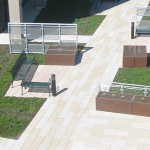 Drake Memorial Library Plaza - SUNY Brockport