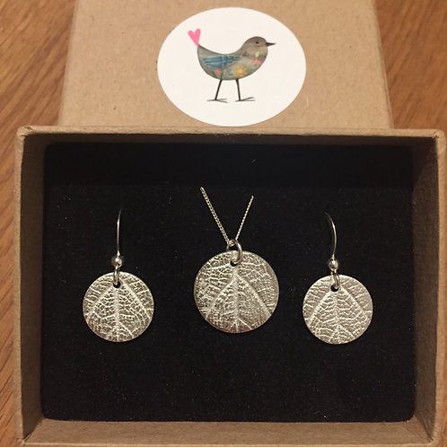 Leaf Print Necklace and Earrings set