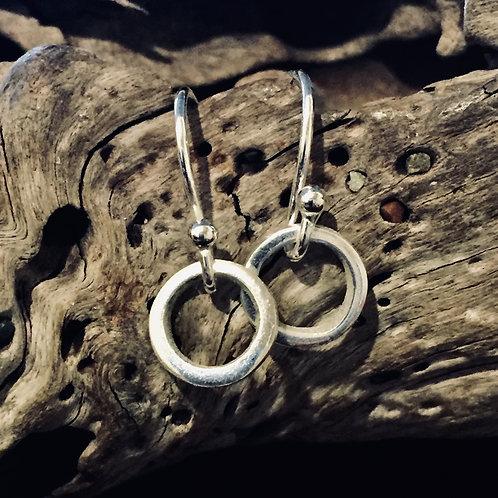 Rings on hooks