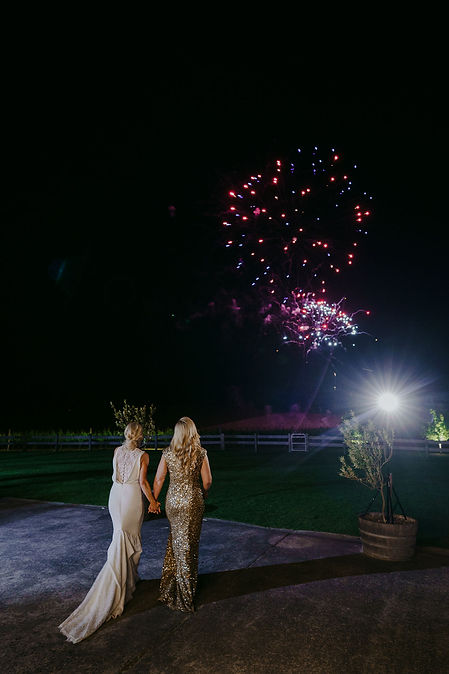 Jessica&Carly-1158.jpg