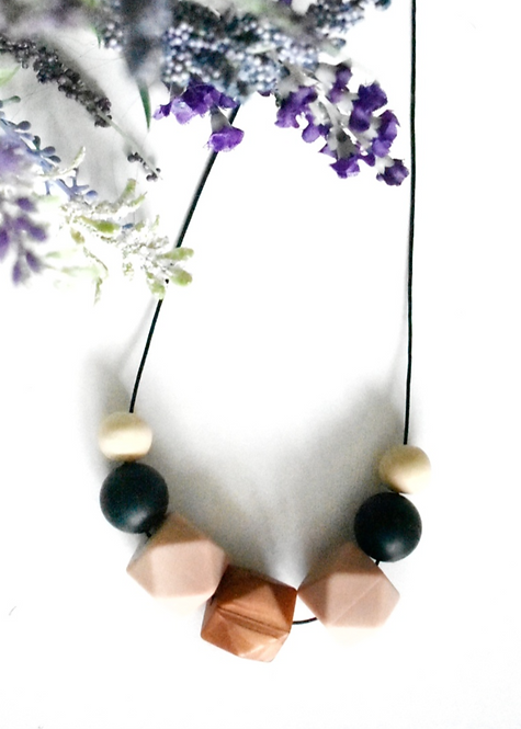Essence - Teething nursing necklace