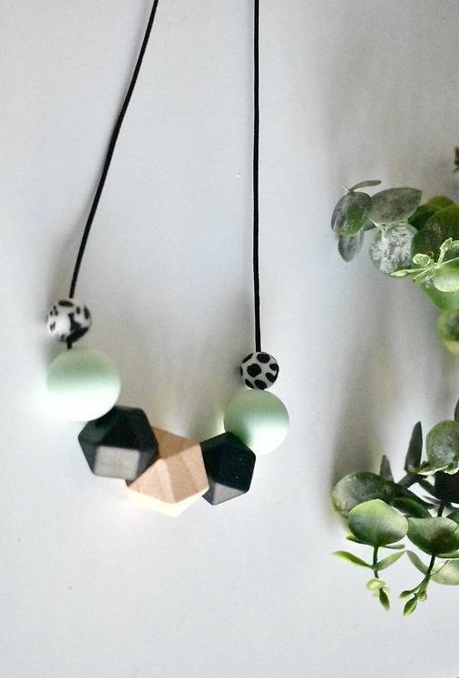 Minty - Teething nursing necklace