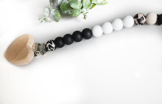 Stylish silicone pacifier clip - Style G
