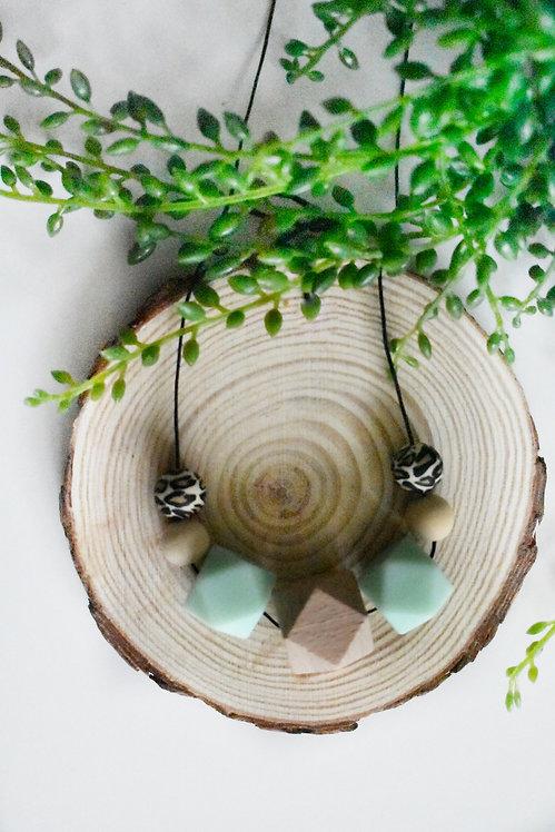 Serenity - Teething nursing necklace