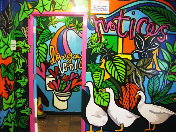 Entrance to women's toilets