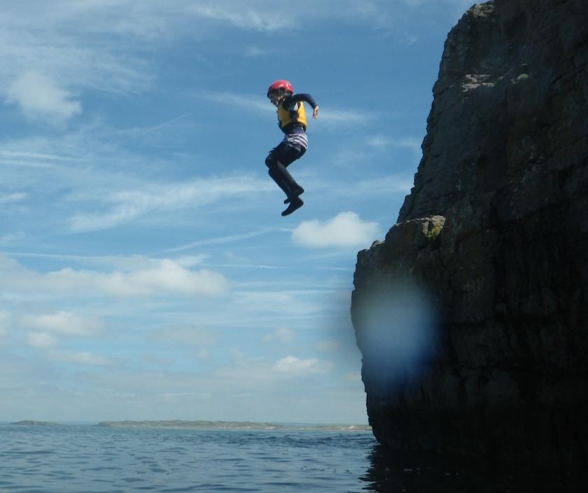 cliff_jumping_29072014_840_704_100.jpg