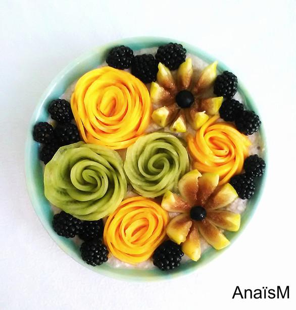 Vegan birchermuesli bowl aux fleurs de fruits (+ tuto)