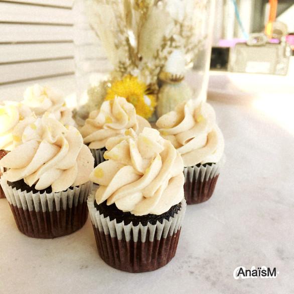 Chocolat + Earl Grey mini-cupcake