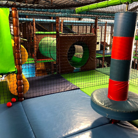 LARGE PLAYBARN SOFT PLAY BRISTOL BATH