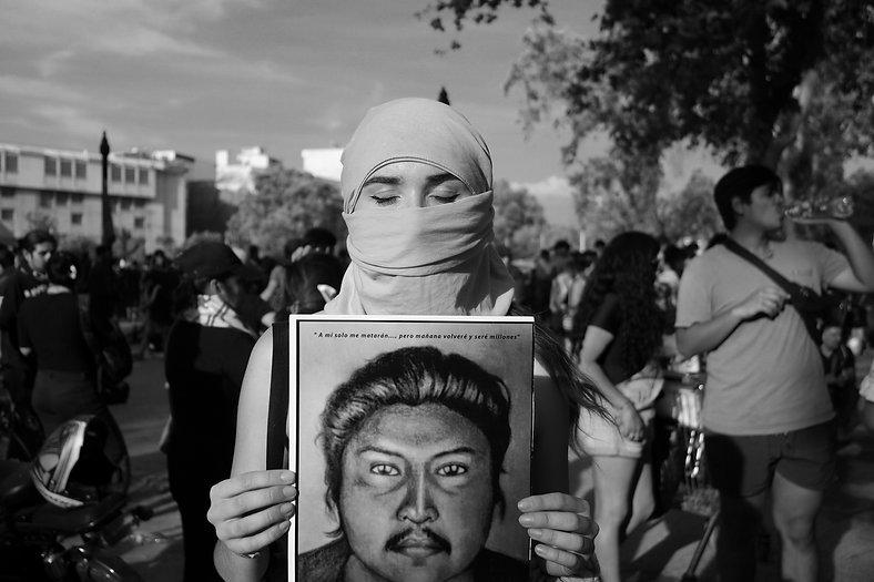 Devolver la mirada fotografia de Arturo Valderas