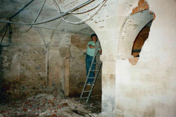 Demolition des murs dans la Salle des Gens
