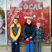 downtown christmas kids.jpg