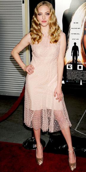 Amanda Seyfried in Nina Ricci
