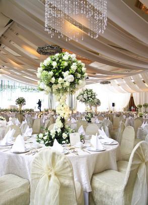 bigstock-Wedding-Table-Setting-4308334.j