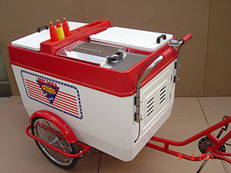 205TRP-Hot-Dog-Tricycle-rear.jpg